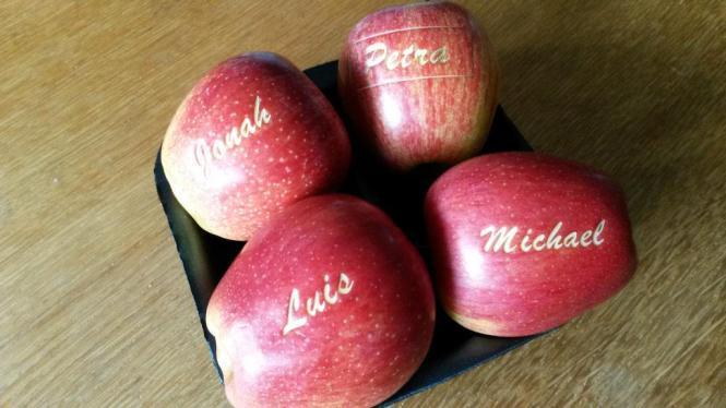 Belaserter Apfel