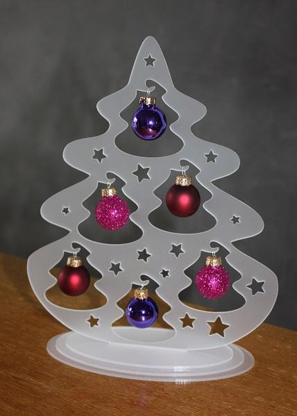 Acryl-Weihnachtsbaum (steckbar), ca. 23 cm hoch mit 6 Glaskugeln